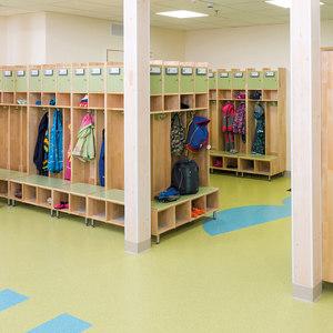 KINDERGARTEN – FURNITURE FOR ENTRANCE AREAS
