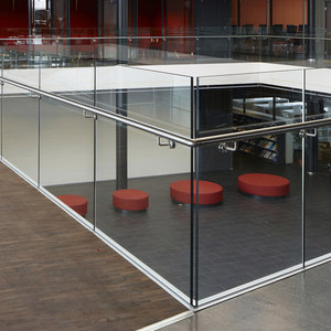 LK60 GLASS RAILINGS