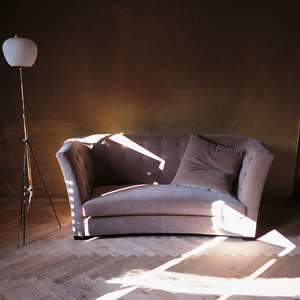 SOFAS / SECTIONAL SOFAS