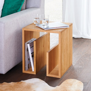 COFFEE TABLES / SIDE TABLES