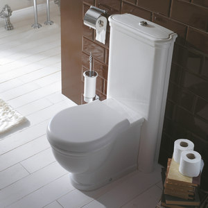 CLOSE COUPLE PANS AND CISTERN