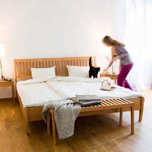BEDS / BEDROOM