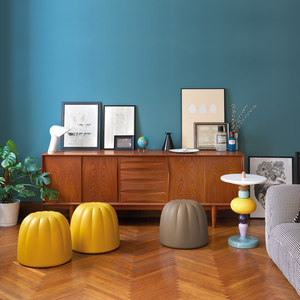 STOOLS, POUFS AND BENCHES