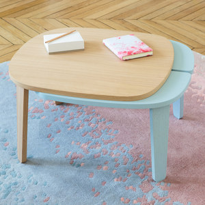 EXTENSIBLE COFFEE TABLE