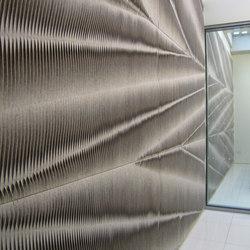 Leaf wall panel