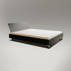 bed on castors