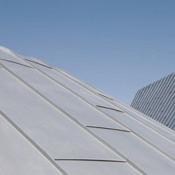 Roof covering systems | Angled standing seam