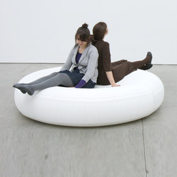 softseating | white textile lounger