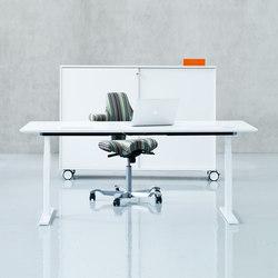 Q10   Q20 Desk