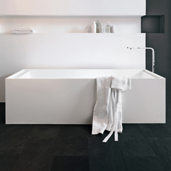 Bathtub in Corian