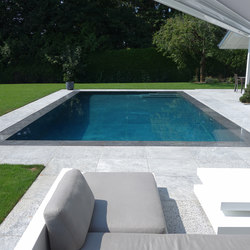 Produits piscines carr bleu collections plus architonic for Refoulement piscine miroir