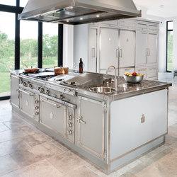 Soft Grey & Nicheled Brass kitchen