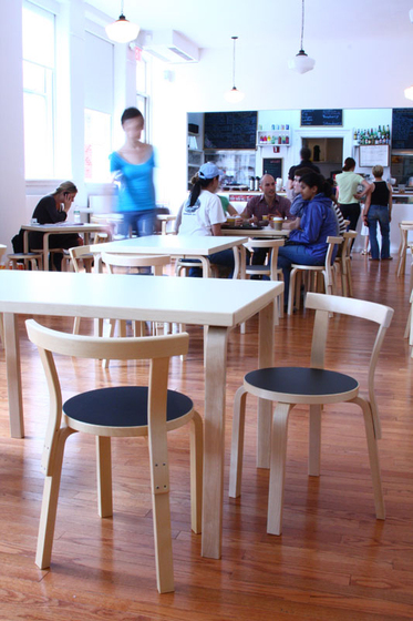 Chair 68 von Artek