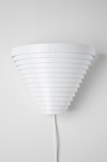 Wall Lamp A910 de Artek