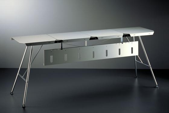 Unicomputertisch di Atelier Alinea