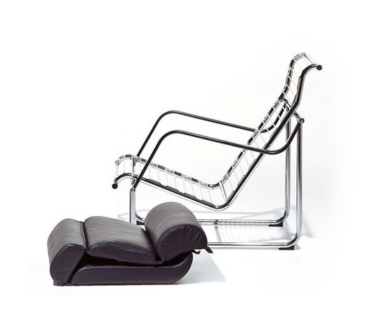 Remmi Lounge chair/footstool by Avarte