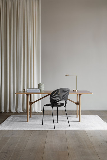 Trinidad Armchair de Fredericia Furniture