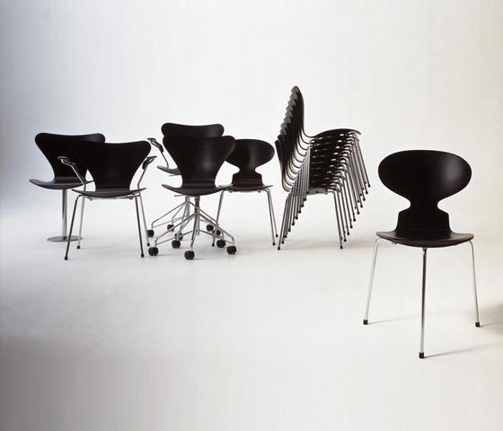 Ant™ | 3101 lacquer de Fritz Hansen
