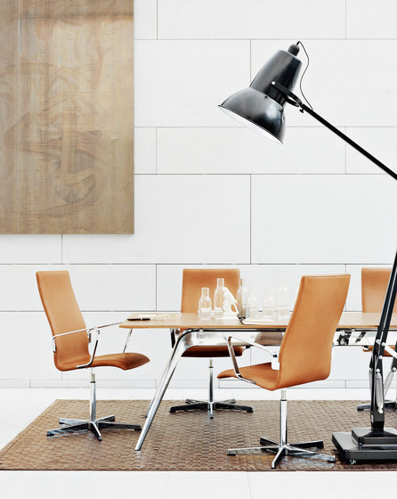 Oxford™ | 3171 by Fritz Hansen