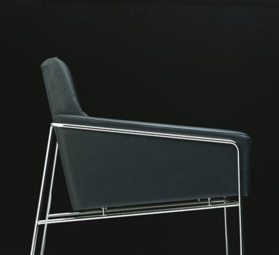 Modell 3303 von Fritz Hansen