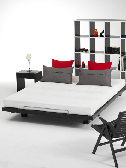 SN/1 bed by seledue