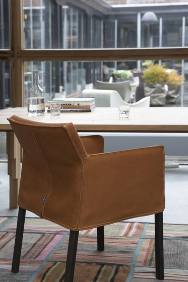 Fellini dining chair by Label