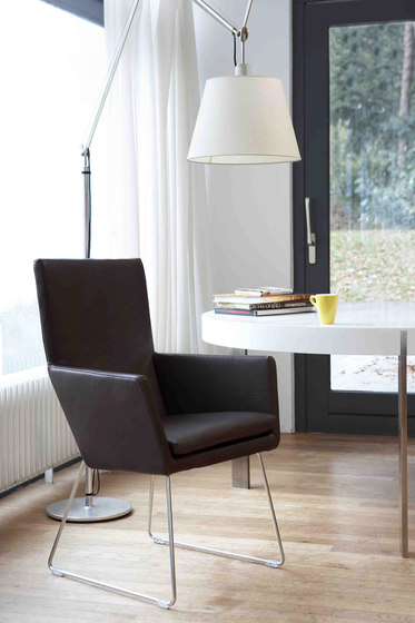 Donna dining chair by Label