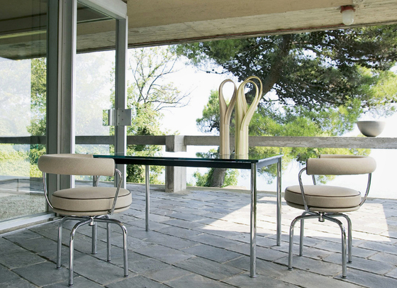 LC10-P Outdoor by Cassina