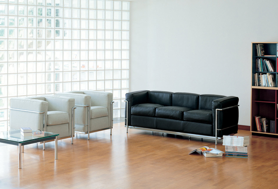 LC2 2-seater sofa de Cassina