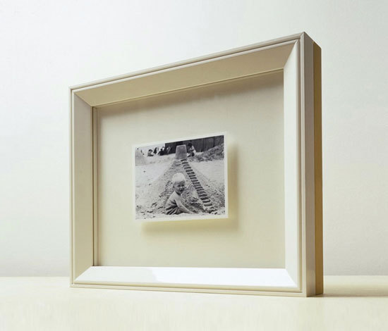Picture Frame by when objects work