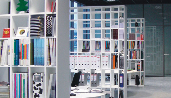 Bookshelf | PC/7 by Cappellini