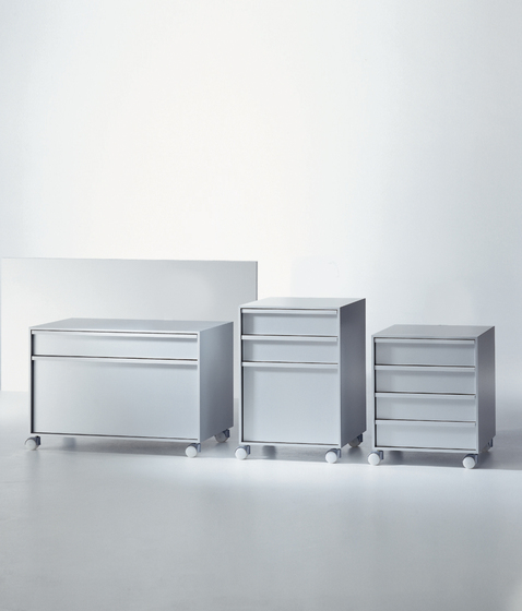 Aluminium Cabinet units on wheels* by MDF Italia