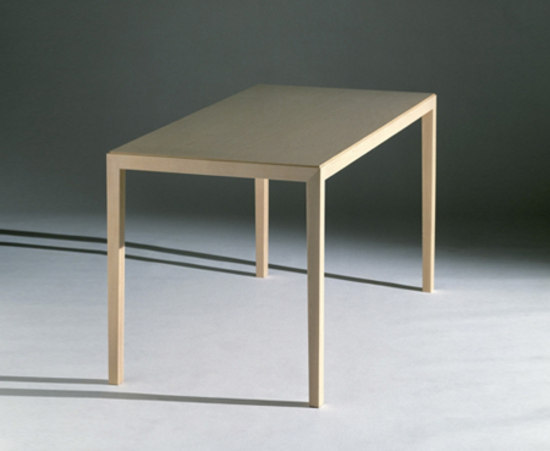 Kova L Table by Mobel
