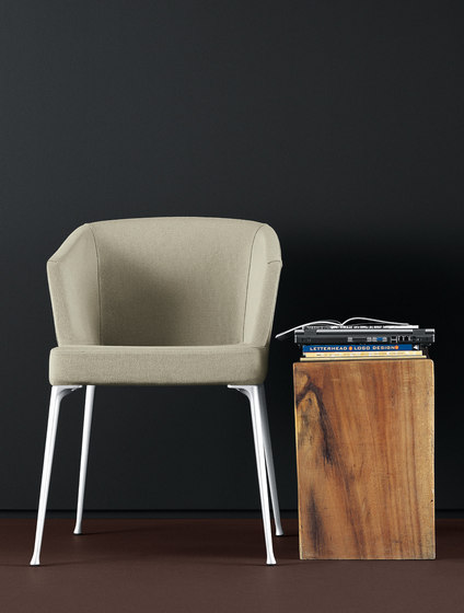 Telly armchair di Desalto