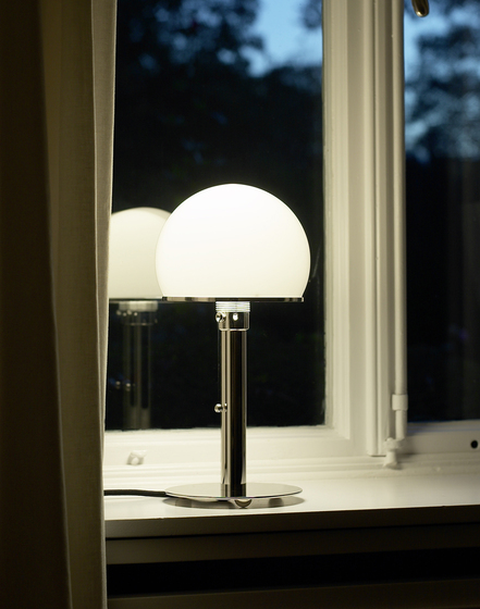 WA23SW Bauhaus Table lamp by Tecnolumen