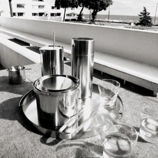 04-2 Tea pot by Stelton