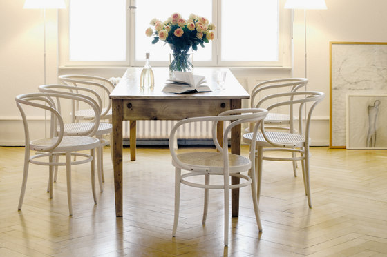 209 by Thonet