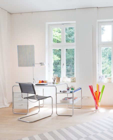 S 285 I 2 by Thonet