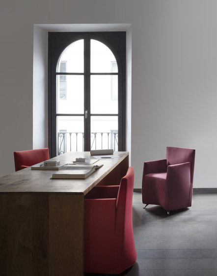 Capri Jolly armchair de Baleri Italia by Hub Design