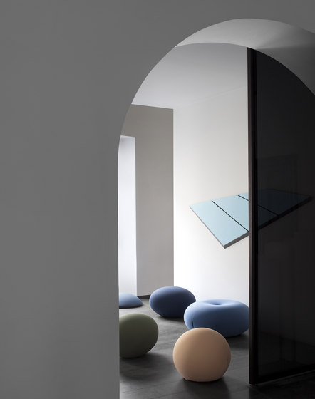 Tatino seating|footrest de Baleri Italia by Hub Design
