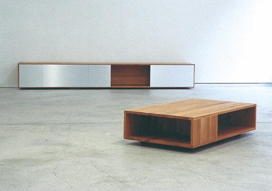 FLAT sidetable by Sanktjohanser