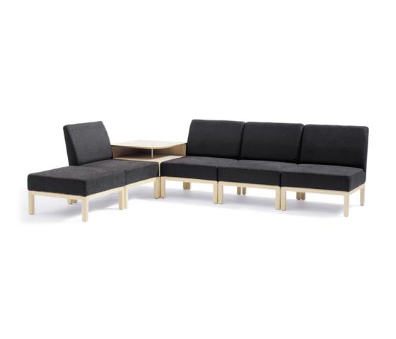 Qvarto modular sofa di Blå Station