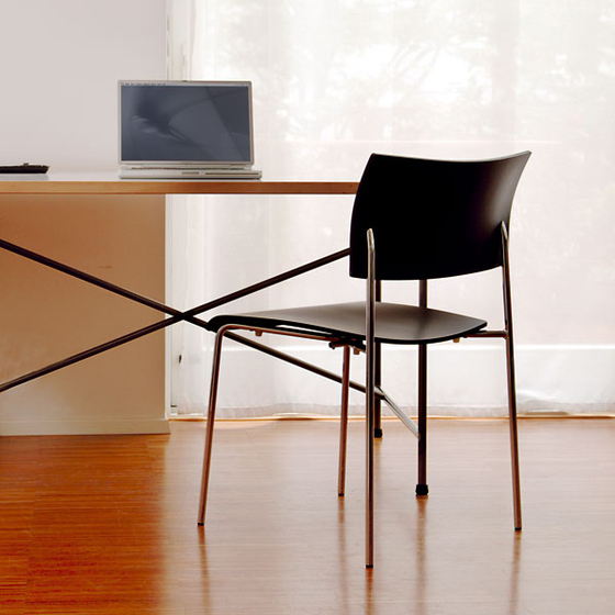 Giorgio stacking chair de Richard Lampert