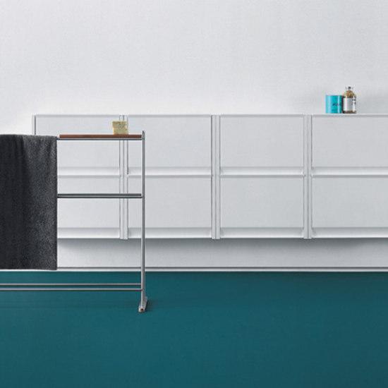 Cargo cabinet by Desalto