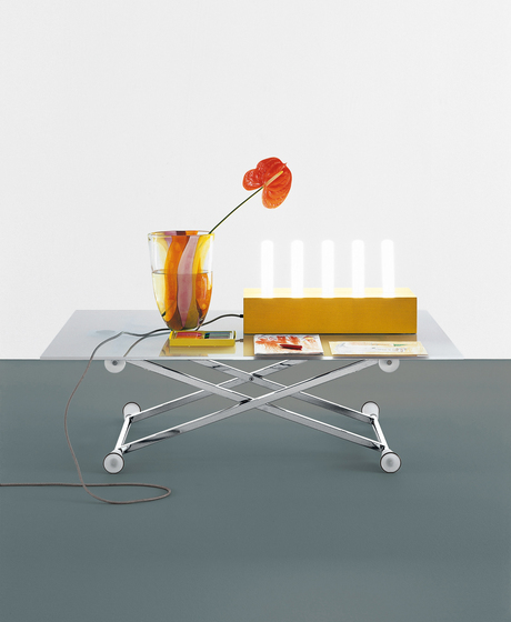 Lifter adjustable height table by Desalto