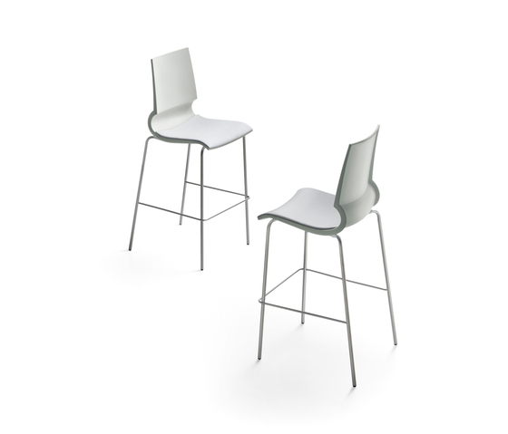 Ricciolina High stool with seat cushion by Maxdesign