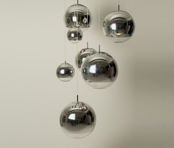 Mirror Ball Pendant di Tom Dixon