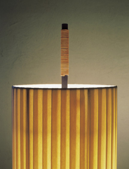 Dórica | Floor Lamp by Santa & Cole