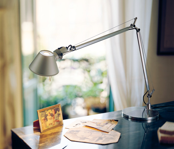 Tolomeo Mega Table Lamp by Artemide
