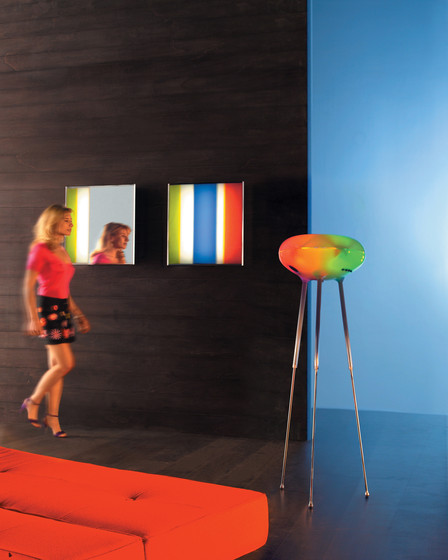 Go to the mirror wall lamp by Artemide